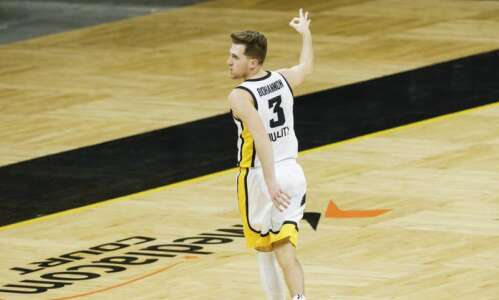 Iowa men's basketball: Hawkeyes' inside-out game turning defenses inside-out