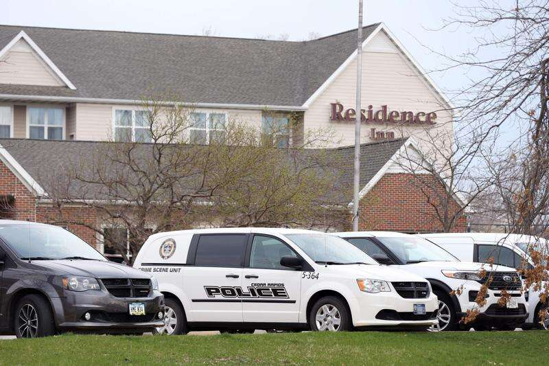 Two men arrested after fatal stabbing in Cedar Rapids hotel room
