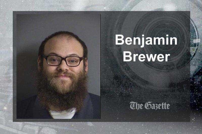 Iowa City police find 40 pounds of pot after chase