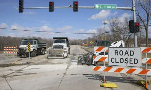 As floodwaters recede, Cedar Rapids to reopen Edgewood Road, others…