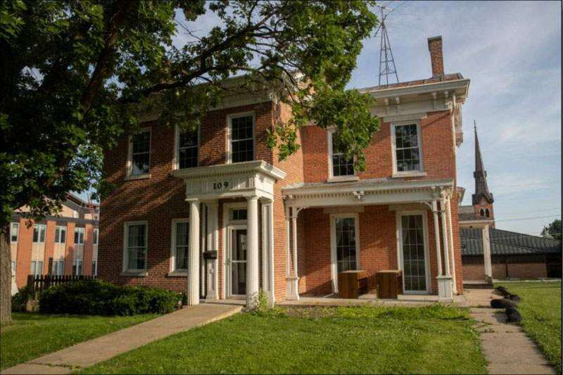 University of Iowa plans new Nonfiction Writing Program home in historic house