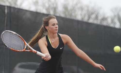 Linn-Mar girls' tennis just keeps winning