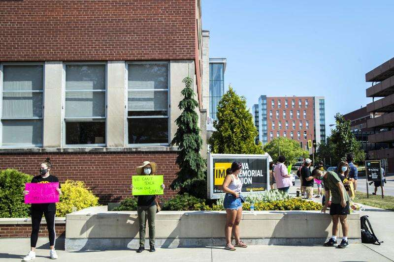 University of Iowa COVID-19 case tally reaches 1,621, with 53 more in two days