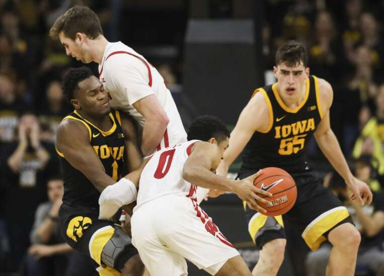 Iowa men's basketball rallies from 12 points down to beat Wisconsin