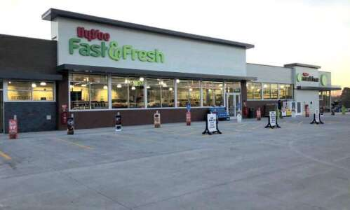 Marion Hy-Vee Drugstore location becoming new Fast and Fresh