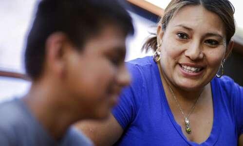 Honduran family from migrant caravan awaits asylum hearing