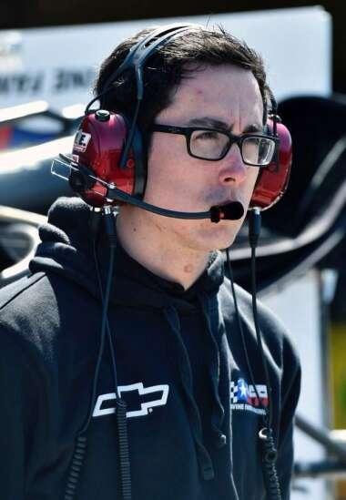 Jon Leonard chasing his NASCAR dream