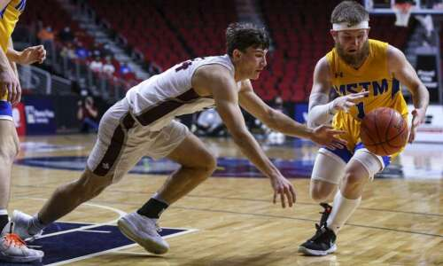 Iowa boys' state basketball 2021: Wednesday's scores, stats, game replays…