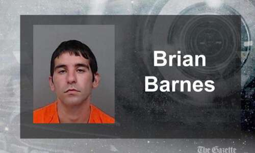 Cedar Rapids man accused of enticing 15-year-old girl for sex