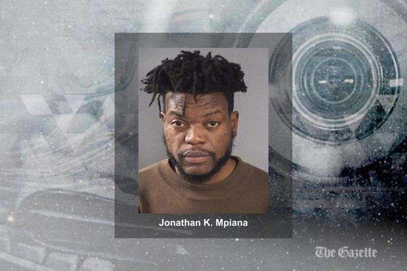 Iowa City man charged with sex abuse, burglary