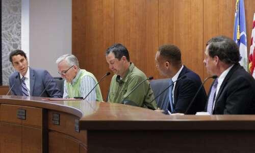 Linn County supervisors set term lengths for new three-member board