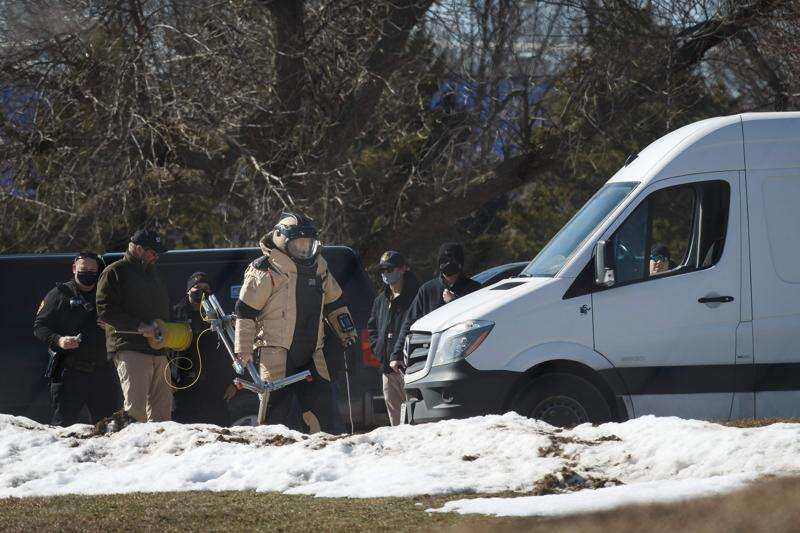 Pipe bomb forces evacuation of polling place in Ankeny