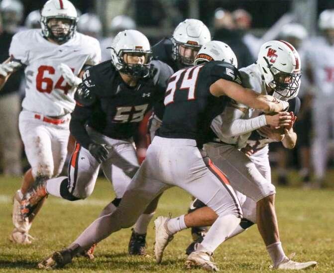 4 Downs: Gazette staff tackle Iowa high school football questions