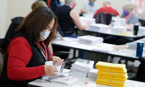 Iowa Voting 101: What you need to know for Election…