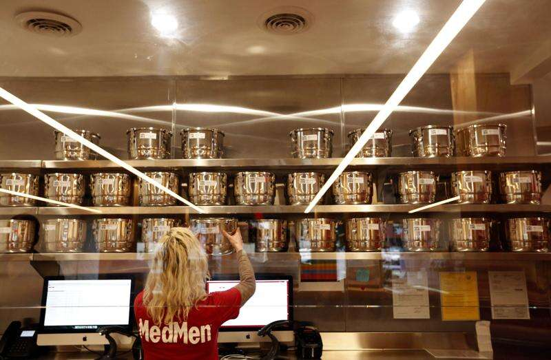 Marijuana shops are trying to look like Apple stores