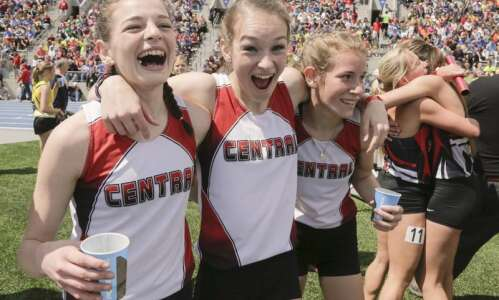Elkader Central holds on for repeat state title in 3,200…