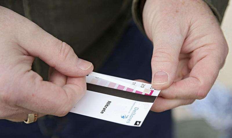 Citizen scientists helping test Iowa water quality