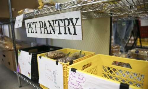 Coralville food pantry launches pet food program