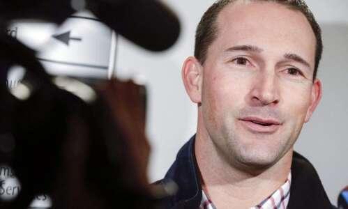 Cedar Rapids Kernels bounce Peoria for Brian Dinkelman's first win…