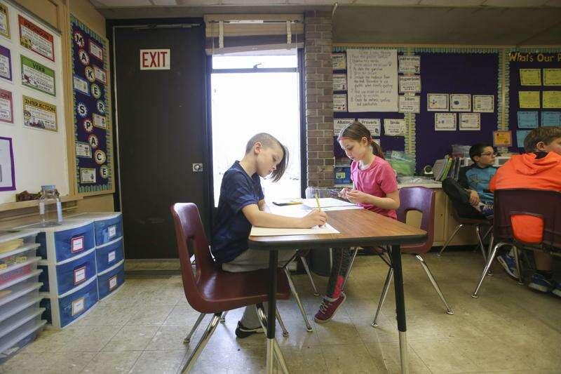 Cedar Rapids' school plan will start with a new Coolidge