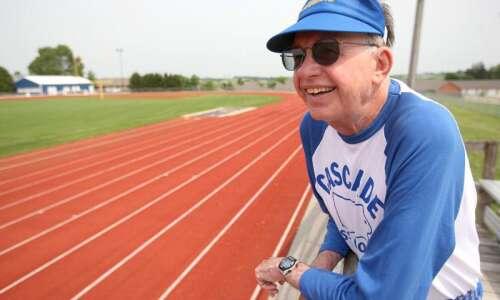 Bob Davidshofer retires after remarkable 57-year run at Cascade