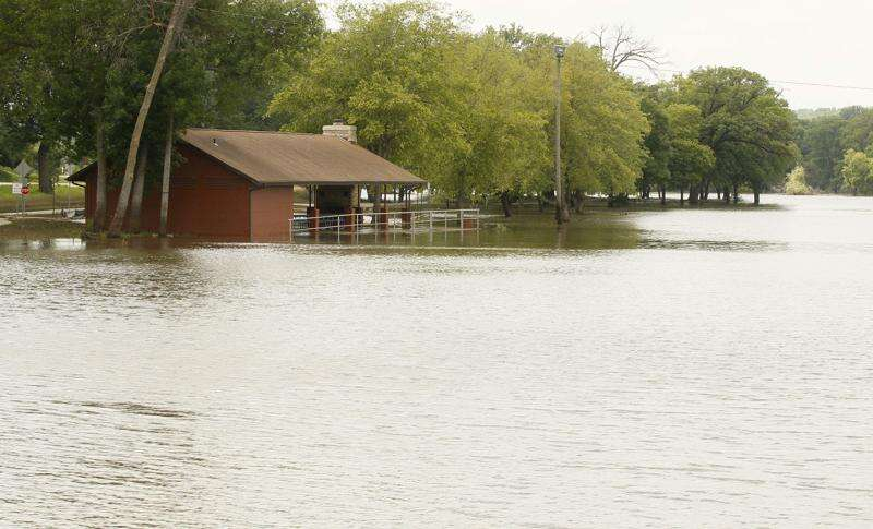 University of Iowa study: Floods not markedly bigger, but they are getting more frequent