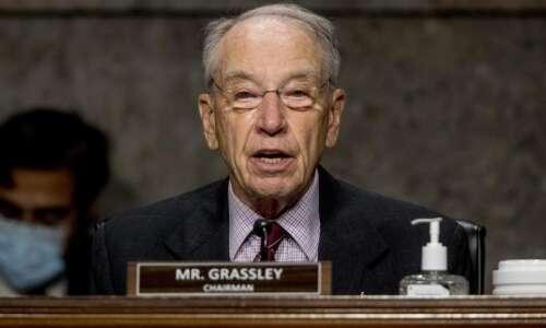Grassley, Ernst blast Democrats blocking their Justice Act, says public…
