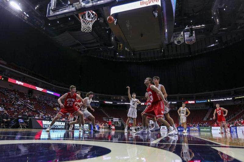 Photos: North Linn vs. South Winneshiek, Iowa Class 1A boys state basketball quarterfinals