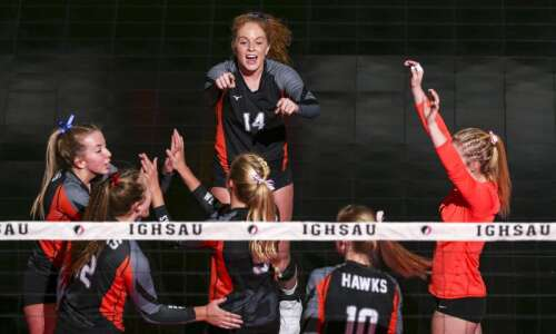 West Delaware tops Glenwood in 5-set state volleyball quarterfinal