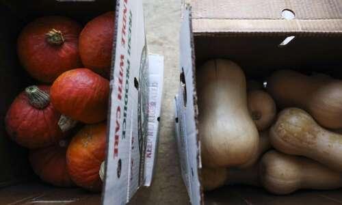 Iowa City Farmers Market season will be extended into December