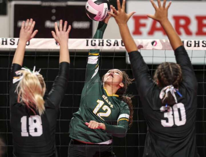 Le Mars Gehlen outlasts New London in 5-set state volleyball thriller