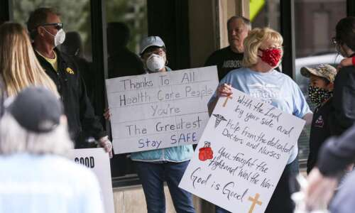 Iowa sees continued uptick in coronavirus hospitalizations