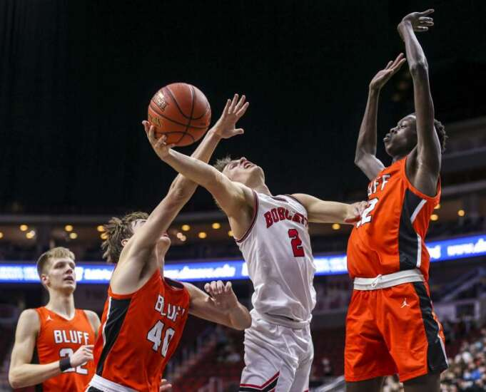 Western Dubuque falls in low-scoring overtime 3A boys' state basketball quarterfinal