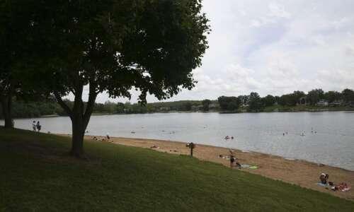 Lake Macbride's harmful algae advisory expires, but new test shows…