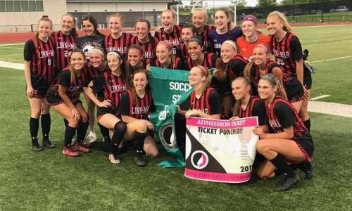 Linn-Mar blanks Muscatine, returns to girls' state soccer tournament