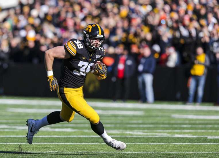 Nate Wieting seeks to be another undrafted Hawkeye an NFL team can't cut