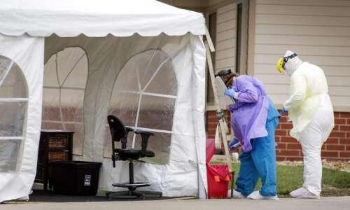 Grim gift adds 500 body bags to Iowa's coronavirus stockpile