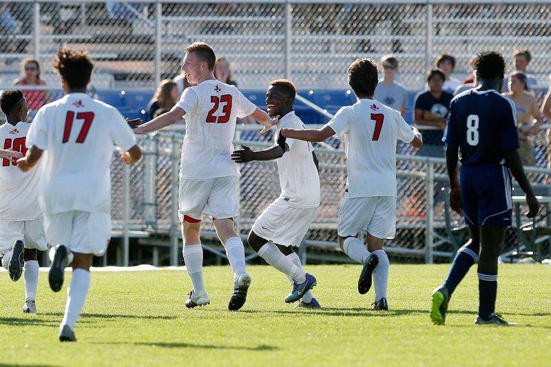 Top-ranked Iowa City High shows off depth in state quarterfinal victory
