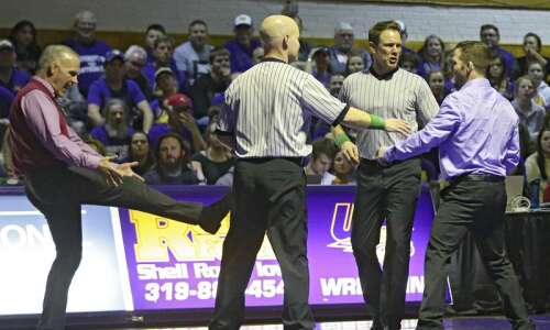 Iowa State and UNI wrestling teams get creative in scheduling…