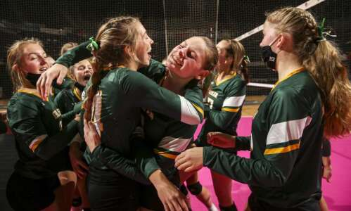 Photos: Gehlen vs. New London, Iowa Class 1A state volleyball…