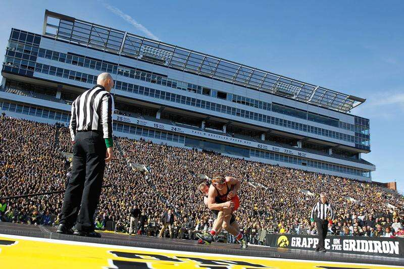 Iowa, Oklahoma State wrestling set to collide in Bout at the Ballpark