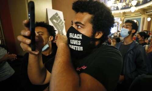 Unimpressed with Iowa Democrats, Black Lives Matter protester runs his…