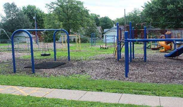 Iowa City school district settles with feds over playground accessibility
