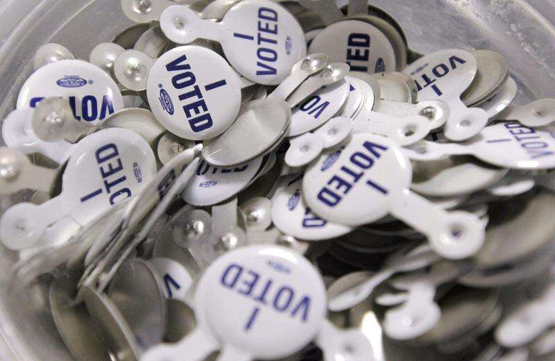Iowa polls would close earlier in statewide elections under Senate bill