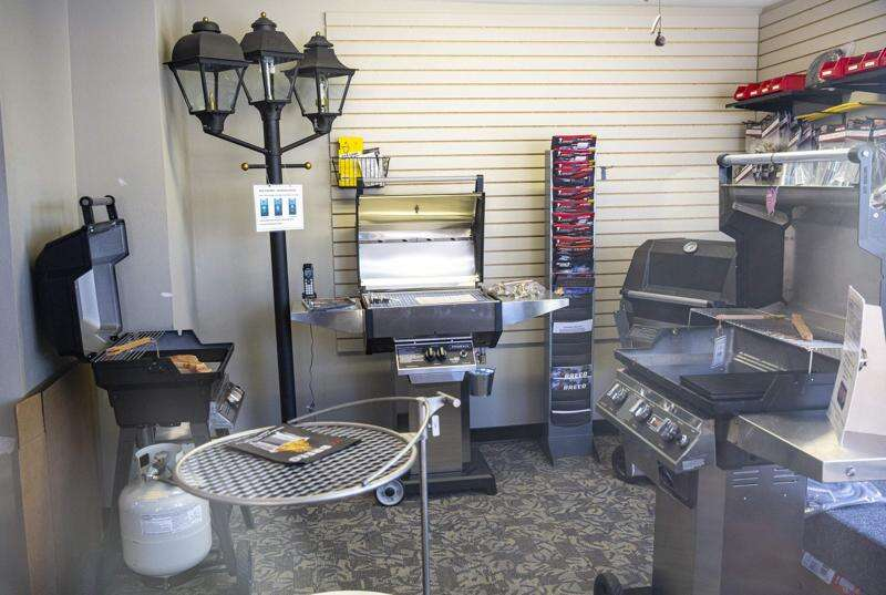 Marion couple encourages others to get the most out of their grills — year-round