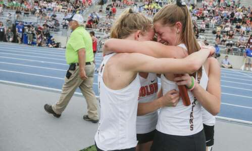 Iowa 3A girls' state track: Solon seniors get that elusive…
