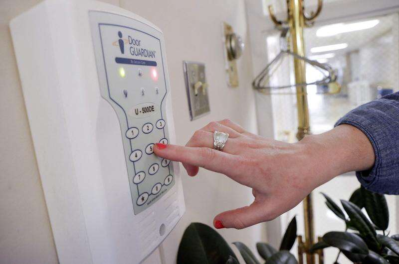 Nursing homes work to protect wandering dementia patients