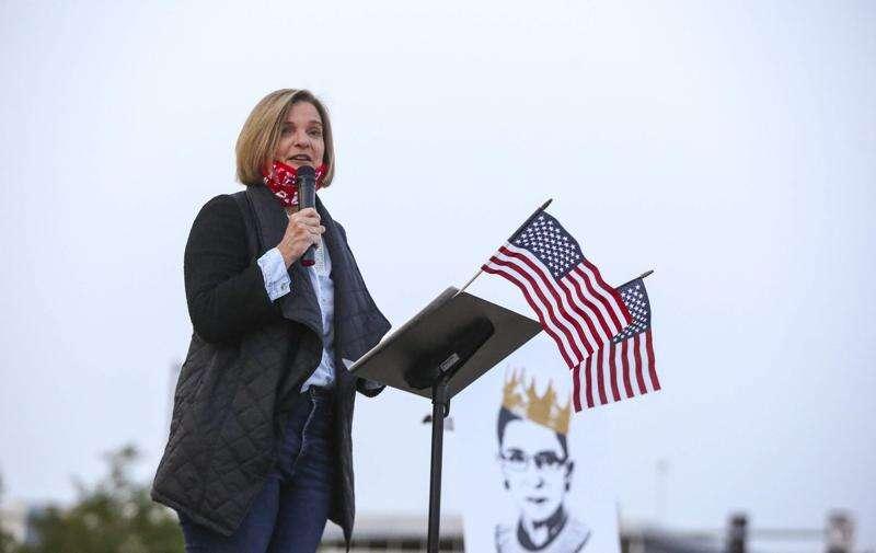 Iowa state Sen. Liz Mathis considers bid for Congress