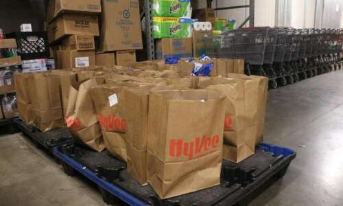 LULAC and Vegan Outreach provide fresh produce for 19 local…