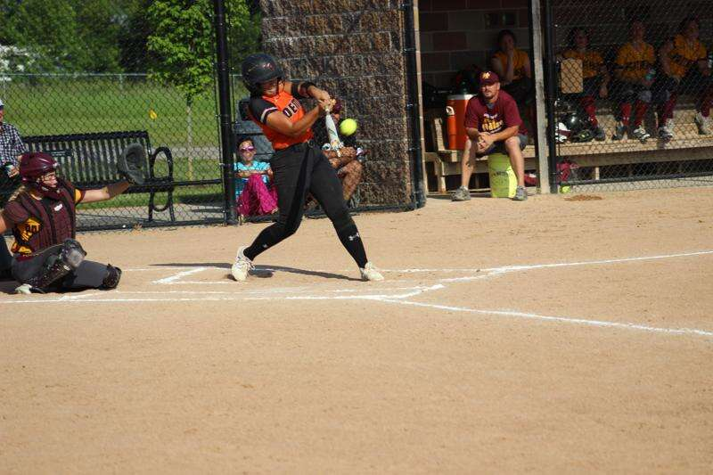Dallmeyer homer caps Washington softball sweep of Mid-Prairie